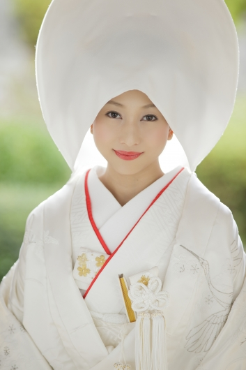 Un shiromuku traditionnel japonais